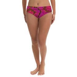 prAna Lavana Bikini Bottoms - UPF 30+ (For Women) in Neon Berry Scallop