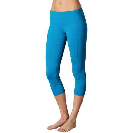 prAna Prism Capris - Supplex® Nylon, Mid Rise (For Women) in Electro Blue - Closeouts