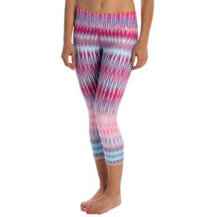 prAna Roxanne Printed Capris - Mid Rise (For Women) in Festival Pink - Closeouts