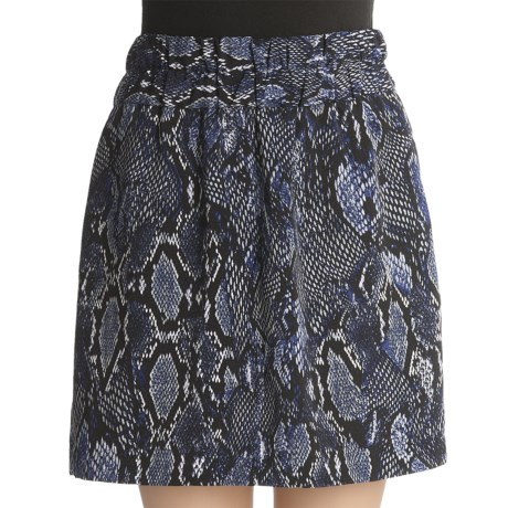 Printed Mini-Skirt - Elastic Waist (For Women) in Navy/Black/White Multi