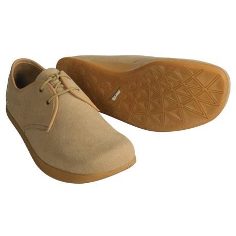 Earth Classic Shoes (For Men)