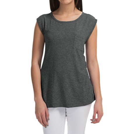 Pocket T-Shirt - Sleeveless (For Women)