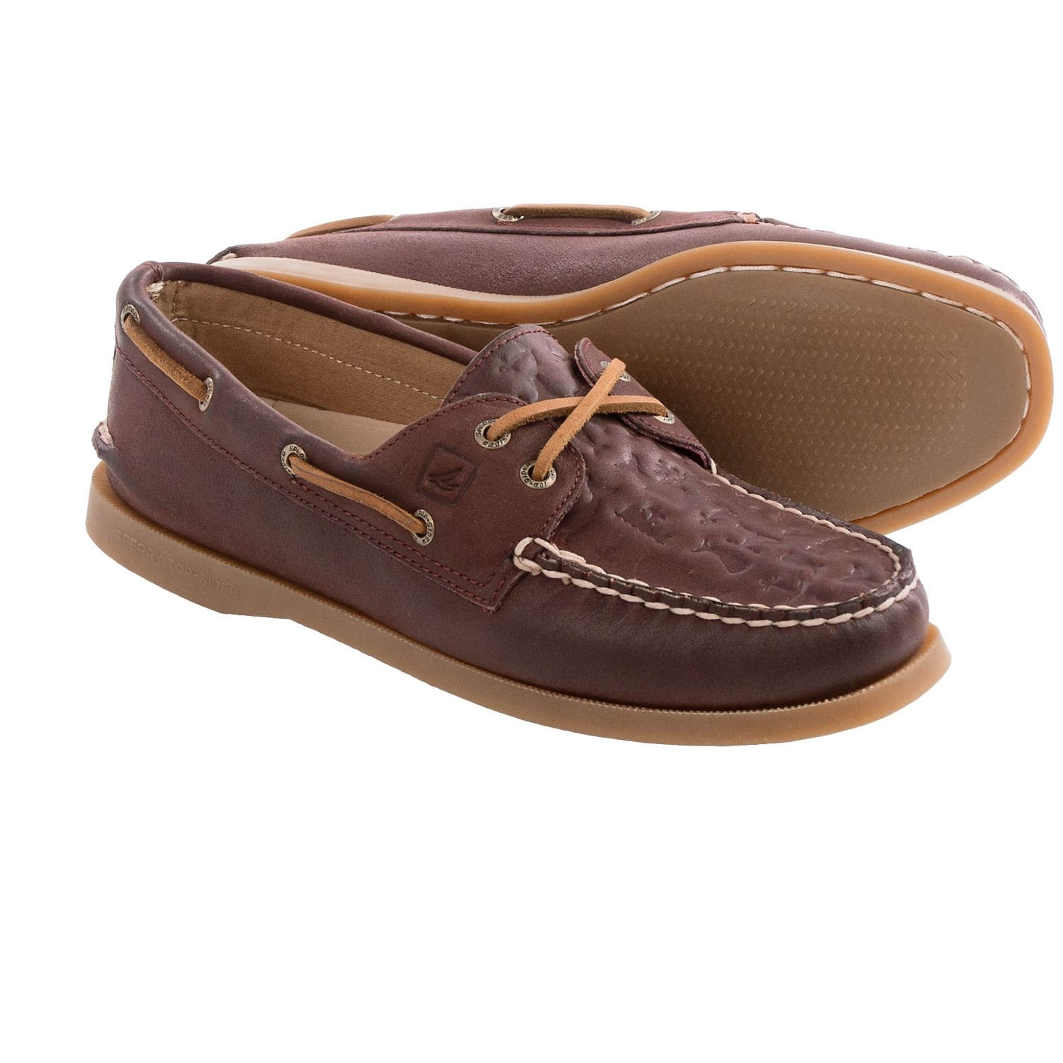sperry a o whale tale embossed 2 eye boat shoes for