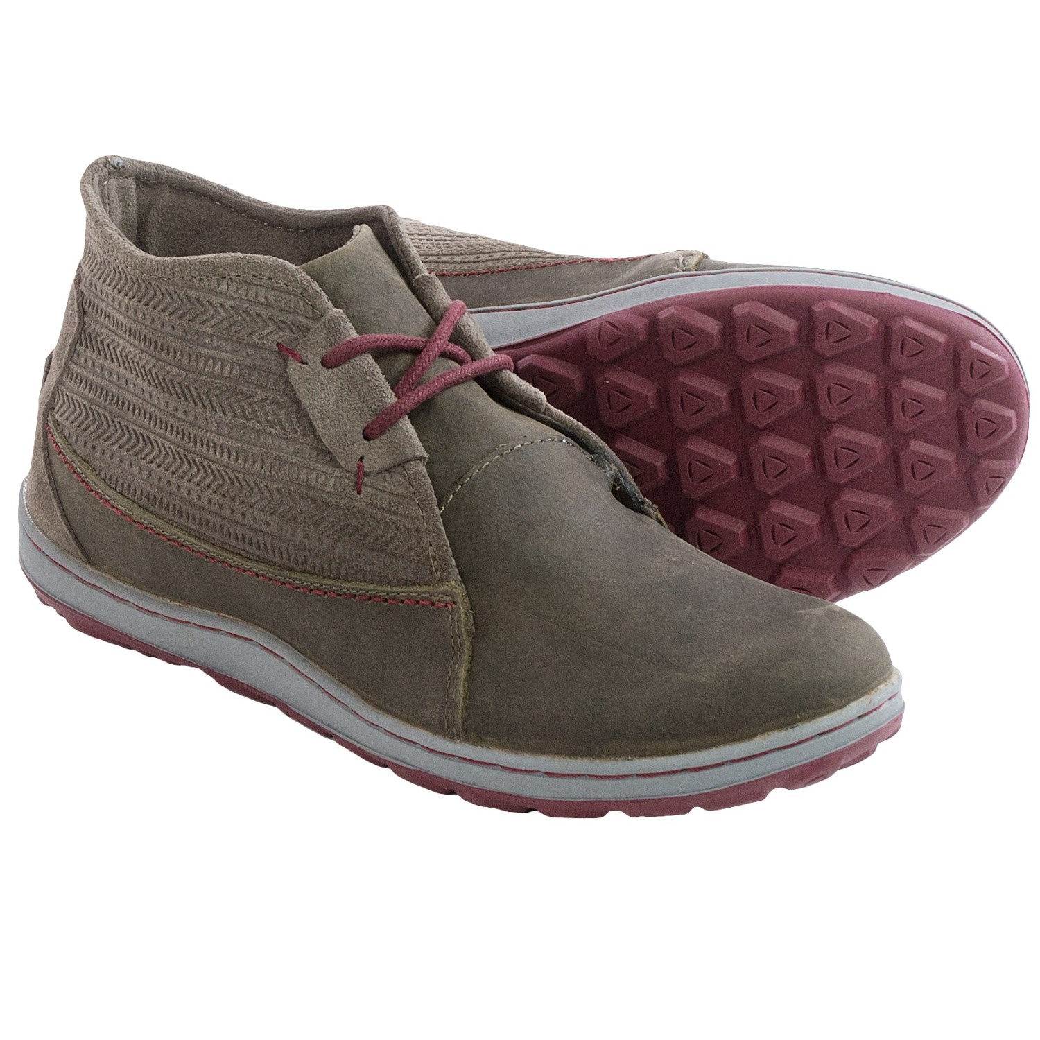 Model Roper  Women39s Gum Sole Chukka Boots
