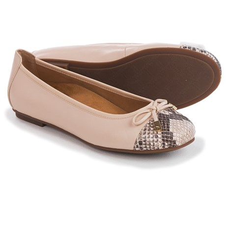 Vionic with Orthaheel Technology Minna Ballet Flats - Leather (For Women)
