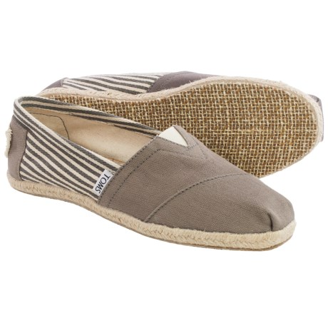 TOMS Classics University Espidrilles (For Women)