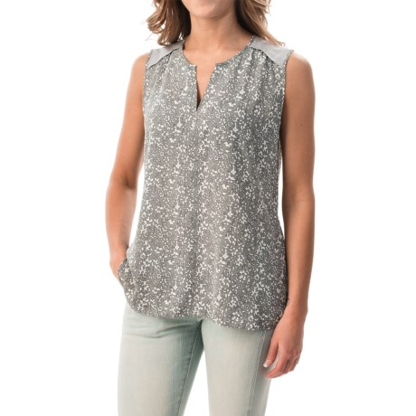 NYDJ Bloomfield Split Neck Printed Shirt - Sleeveless (For Women)