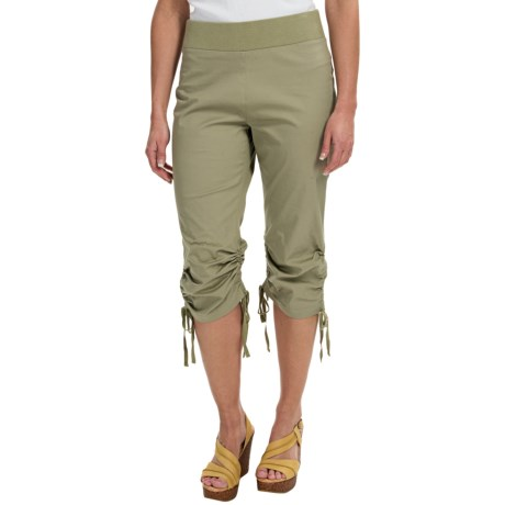 Ethyl Ruched Drawstring Capris (For Women)