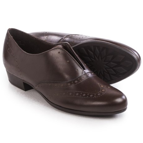 Munro American Yale Laceless Oxford Shoes - Calf Leather, Slip-Ons (For Women)