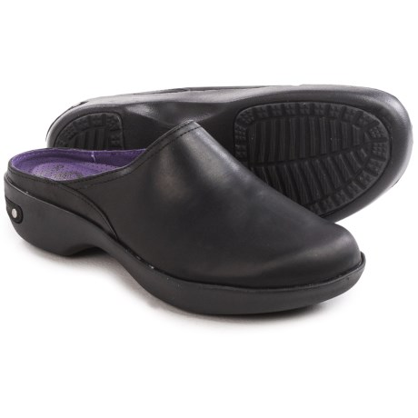 Crocs Cobbler 2.0 Clogs - Leather (For Women)