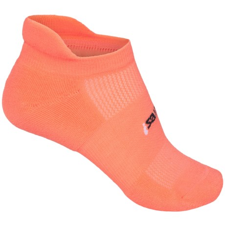 Feetures High-Performance No-Show Socks - Below the Ankle (For Women)