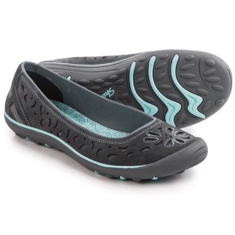 Skechers Relaxed Fit Earth Fest Shoes - Leather, Slip-Ons (For Women)