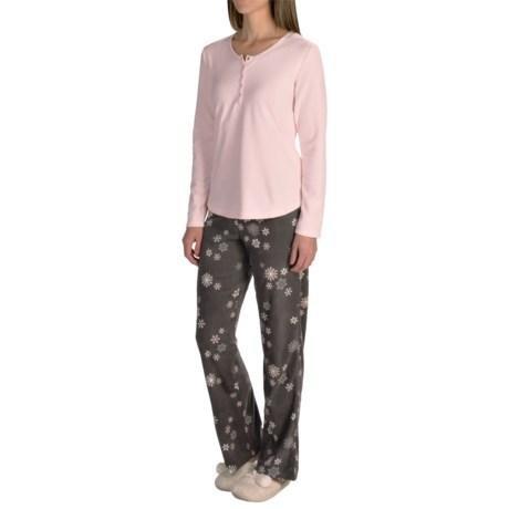 Warm and Cozy Microfleece Pajamas - Long Sleeve (For Women)
