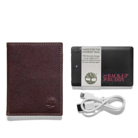 Timberland Sportz Carryall Wallet and Pocket Phone Charger Set