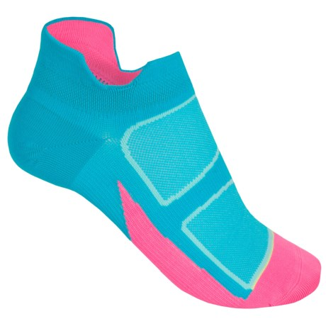 Feetures Elite Ultralight Cushion No-Show Socks - Below the Ankle, Discontinued (For Women)
