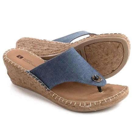 White Mountain Beachball Wedge Sandals (For Women)