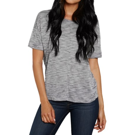 Threads 4 Thought Natasha T-Shirt - Scoop Neck, Short Sleeve (For Women)