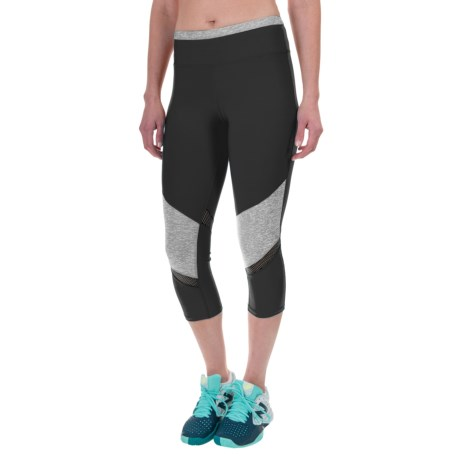 Layer 8 Running Capris (For Women)