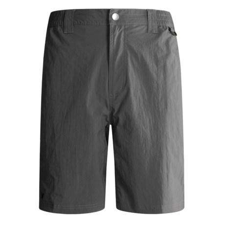 White Sierra River Shorts (For Men)