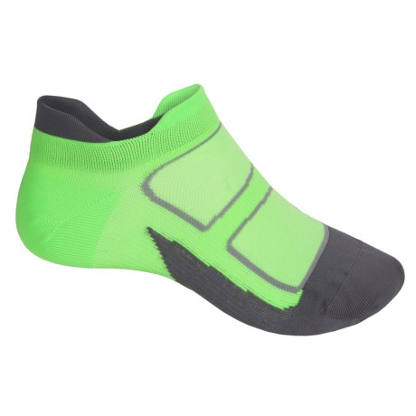 Feetures Elite Ultralight No-Show Tab Socks - Below the Ankle, Discontinued (For Men and Women)