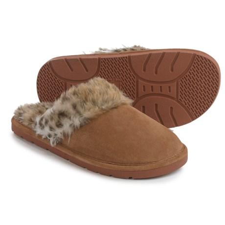 LAMO Footwear Apres Scuff Shoes - Suede, Slip-Ons (For Women)