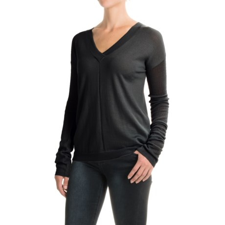 Carve Designs Torrey Sweater - Merino Wool, V-Neck, Long Sleeve (For Women)