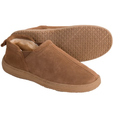 Minnetonka Moccasin Romeo Slippers - Sheepskin Lining Suede (For Men)