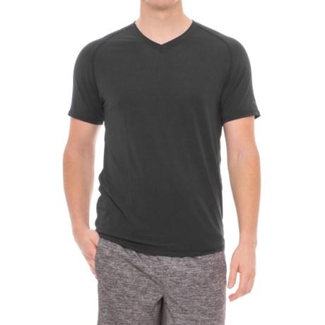 Saucony Freedom Shirt - V-Neck, Short Sleeve (For Men)