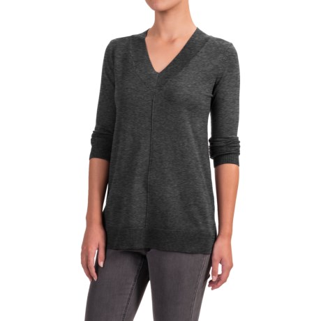 Cable & Gauge High-Low Sweater - V-Neck (For Women)