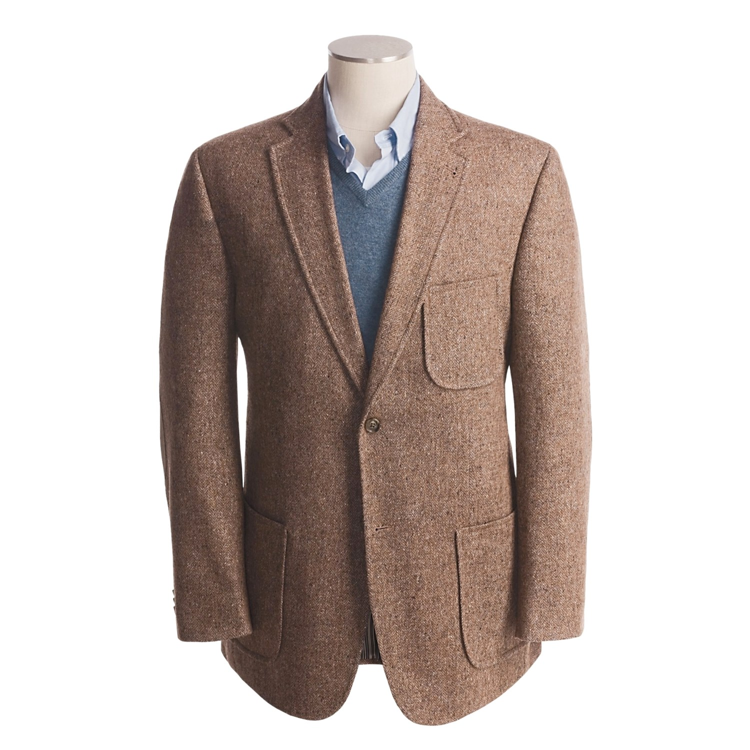 Designed with a herringbone pattern this sport coat is cut for the gentleman who is seeking a fit with a roomier chest and waist. It features a notch lapel and center vent and pairs well with a .