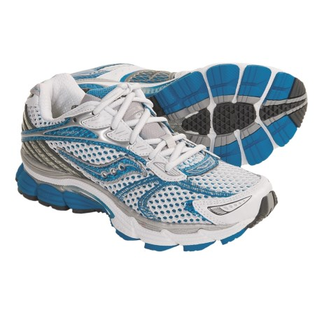 Saucony ProGrid Triumph 7 Running Shoes (For Women)