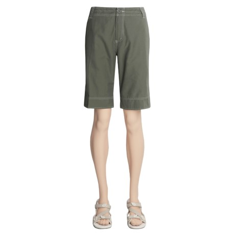 White Sierra Ridgecrest Roll-Up Bermuda Shorts - Herringbone , Cotton-Rich (For Women)