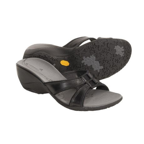 Merrell Dewberry Sandals (For Women)