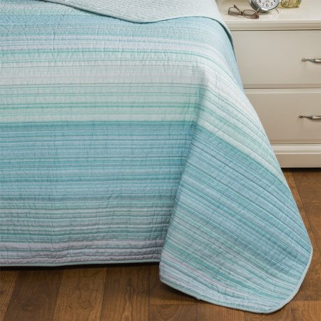 Cynthia Rowley Coastal Stripe Quilt - Twin