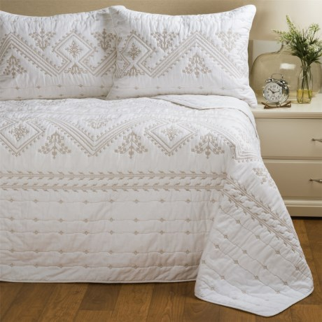 Artisan de Luxe Ilsa Quilt Set - Full-Queen