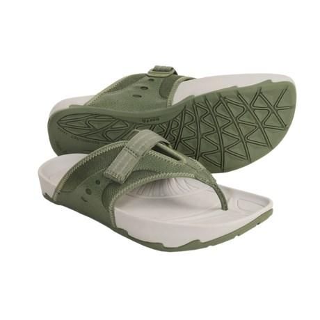 Earth Exer-Flip Sandals (For Women)