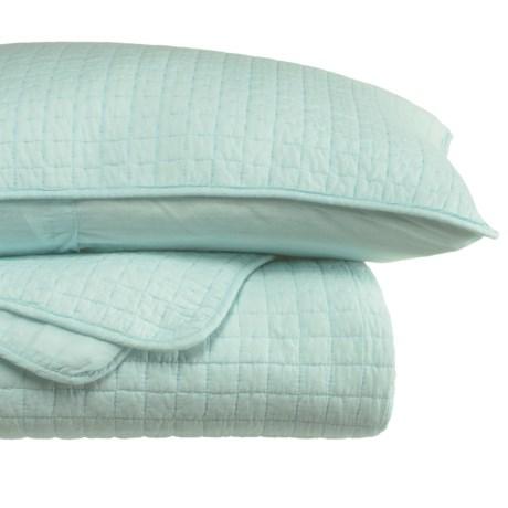 Tahari Fort Quilt and Pillow Sham Set - King