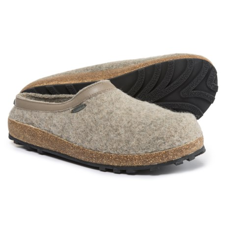 Giesswein Acadia Clogs (For Men and Women)