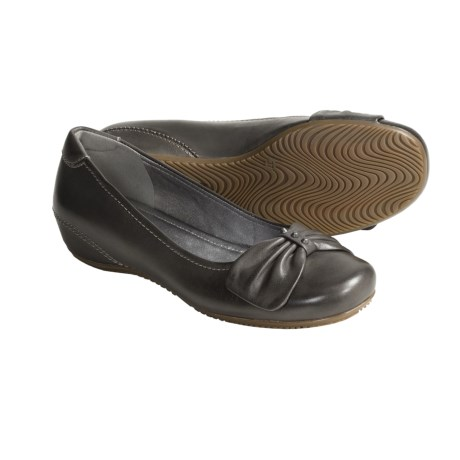 Best Shoes for Bunions Women