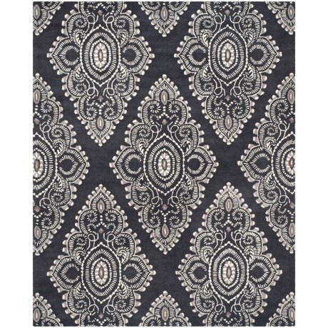 Safavieh Wyndham Collection Dark Grey and Ivory Area Rug - 8x10', Hand-Tufted Wool