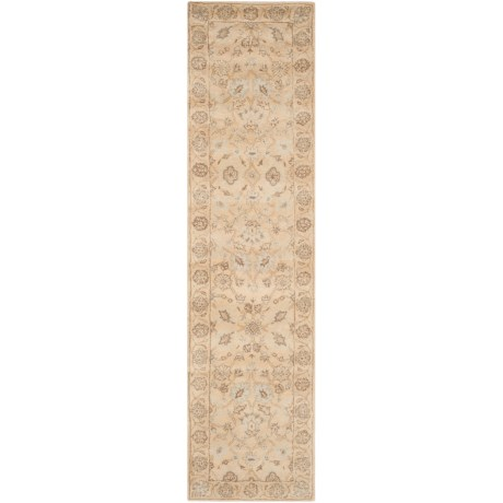"Safavieh Wyndham Collection Light Gold Floor Runner - 2'3""x9', Hand-Tufted Wool"