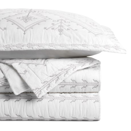 Melange Home Jackson Embroidered Quilt Set - Full-Queen