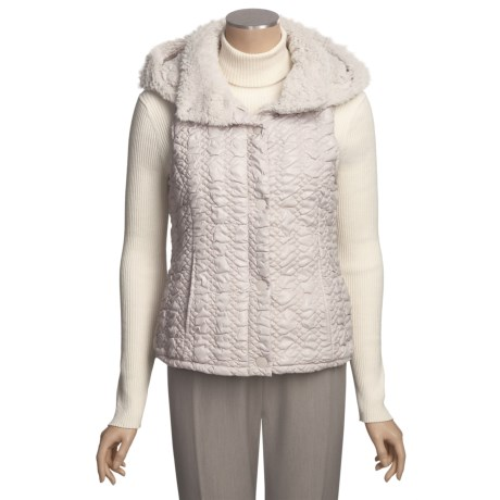 True Grit Bonded Quilted Vest - Attached Faux-Fur-Trimmed Hood (For Women)