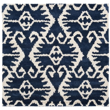 Safavieh Wyndham Collection Royal Blue and Ivory Square Area Rug - 5x5', Hand-Tufted Wool