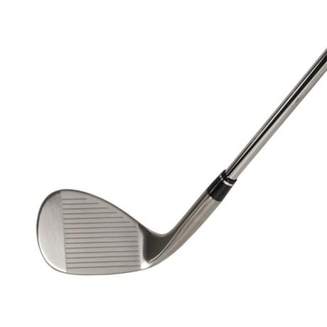 Nike Golf SV+ Wedge - Conforming Grooves