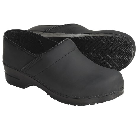 Sanita Professional Oiled Leather Clogs - Closed Back (For Men)
