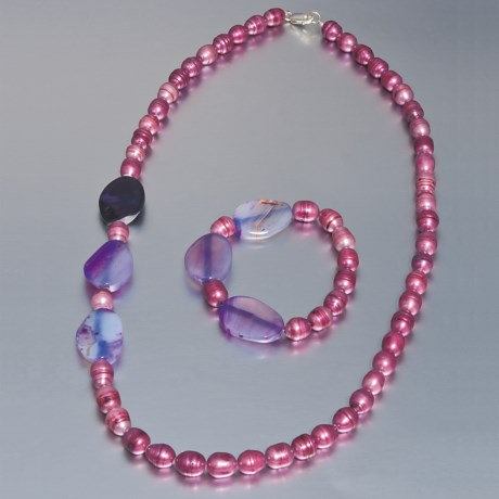 Aluma USA Freshwater Pearl and Agate - Necklace and Bracelet