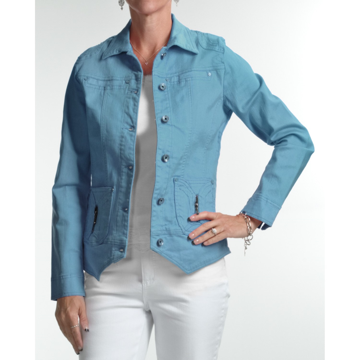 You'll find your look in JCPenney's collection of jean jackets for women. Colored Denim Jackets for a Bold Look. Liven up your jean jacket by getting one in a color. A white denim jacket looks classy and smart. Find one in a crop style and show your effortless summertime cool or wear it over a maxi dress for a fun look, or pair one with dark.