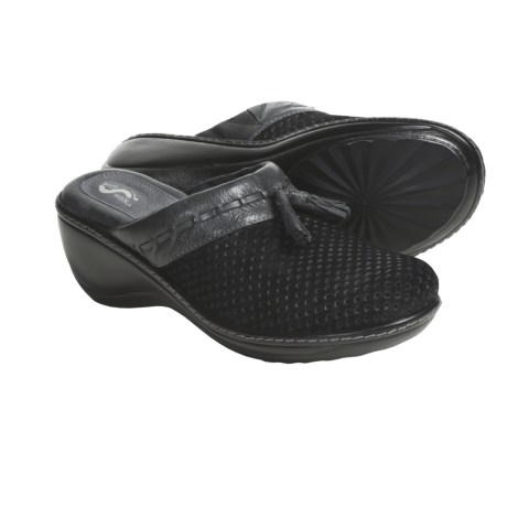 Soft Walk Manila Clogs (For Women)