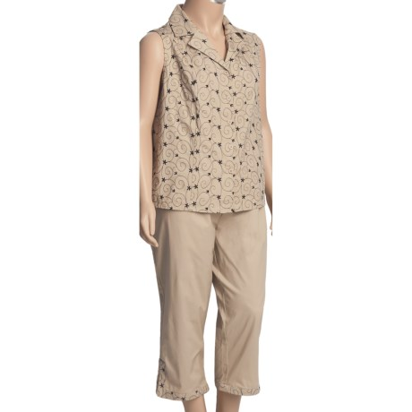 Embroidered Stretch Cotton Shirt and Capri Set - Sleeveless (For Plus Size Women)